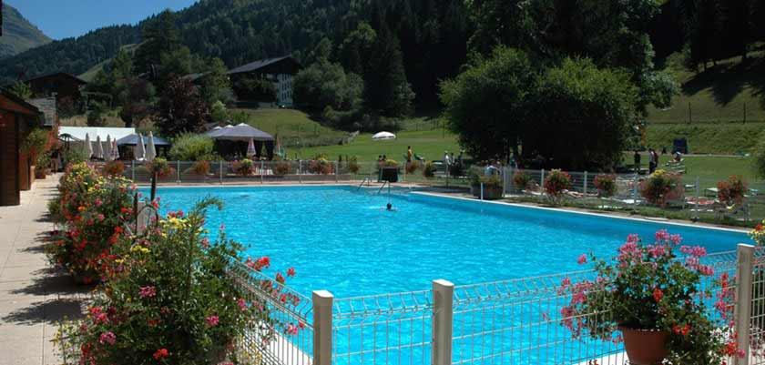 Outdoor Pool2